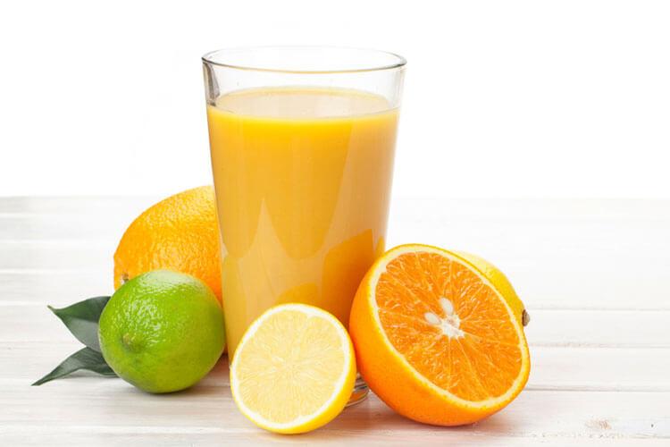 jugos-para-desintoxicar-el-cuerpo-y-bajar-de-peso-de-forma-natural