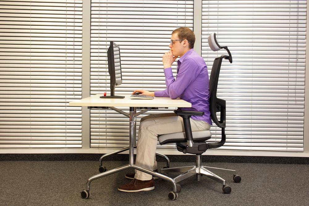 postura en el escritorio