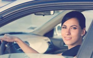 accesorios y gadgets para mujeres al volante