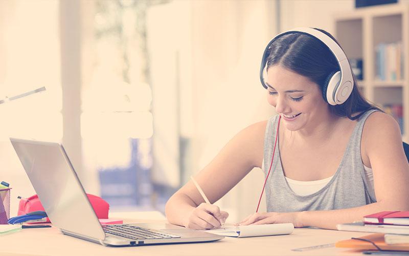 Riesgos de escuchar música a volúmenes altos