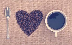 Semillas de café de calidad y tinto colombiano