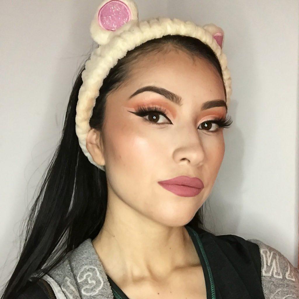 Paso 9 maquillaje Euphoria
