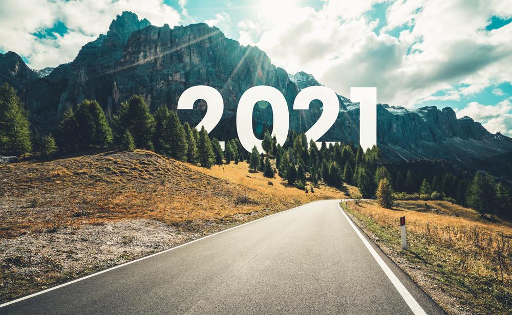 Nuevo Año viaje por carretera y concepto de visión futura