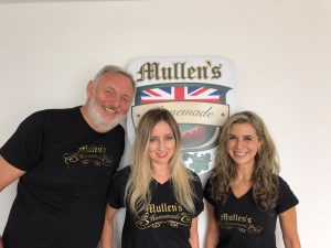 Philip Mullen, Stephanie Mullen Raymond fundadores de Mullen's Stephanie Mullen Raymond es fundadora de Mullen's Homemade Salchichas Salchichas y