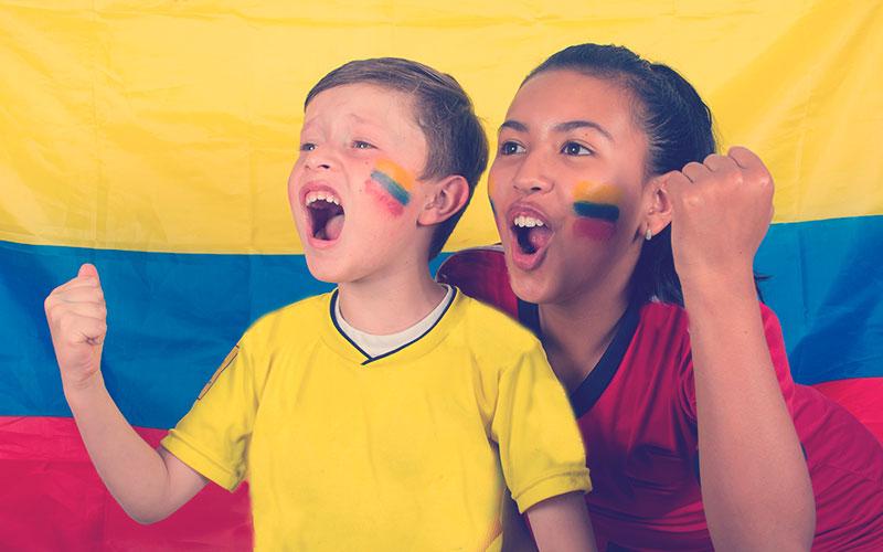 Hinchas colombianos celebrando